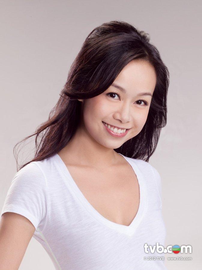 《2012香港小姐競選》官方相片 黃心穎 Jacqueline Wong