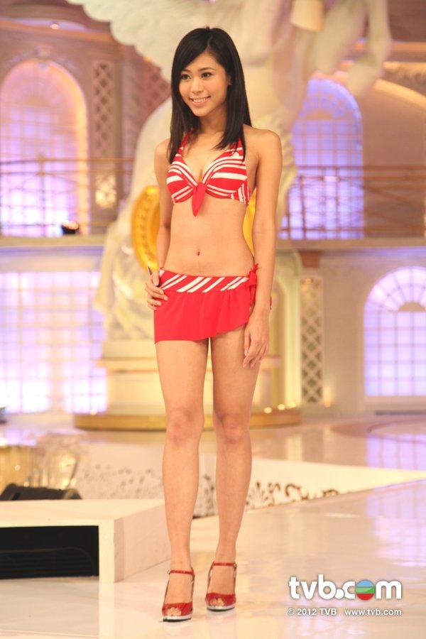 林泳淘《2012香港小姐競選決賽》候選佳麗泳裝綵排暨試戴后冠